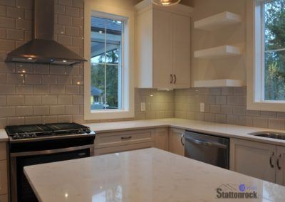 Abbotsford-Custom-Home-Kitchen-Island