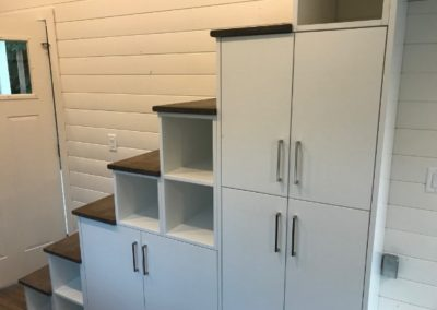 tiny-house-storage-cabinets