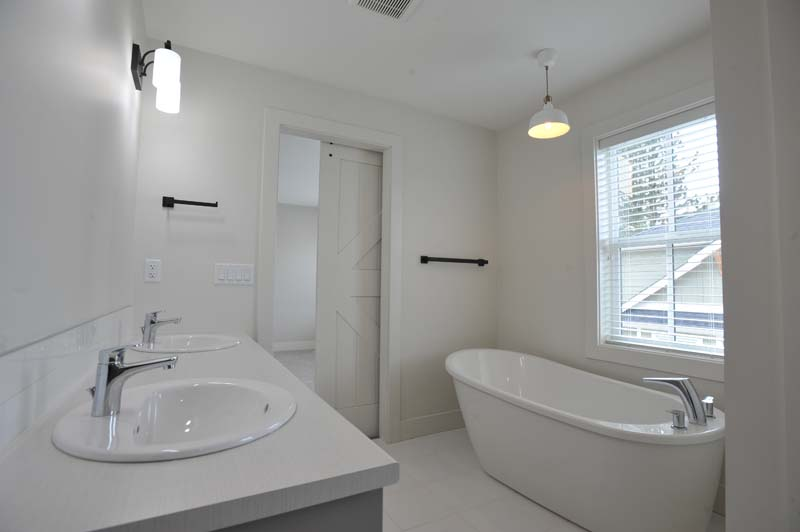 Bathroom Renovation - Stattonrock Construction