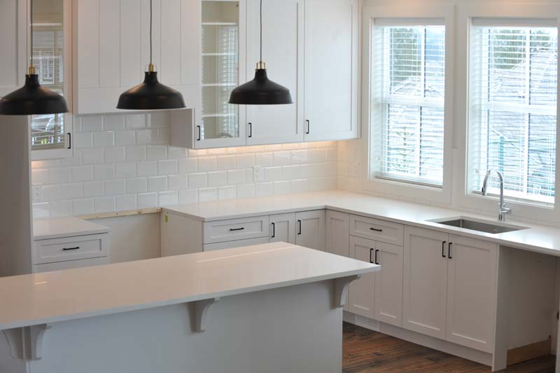 Custom Kitchen Decoration - Stattonrock Construction